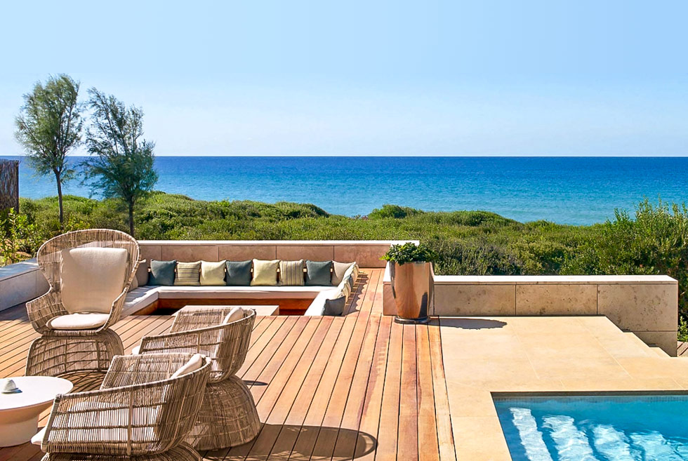 The Romanos, a Luxury Collection Resort. Hotel in Costa Navarino. Travel Guide of Peloponnese.