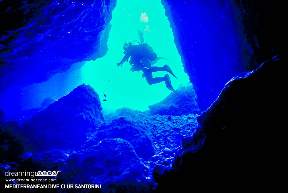 Mediterranean Dive Club Perissa Santorini. Scuba diving center