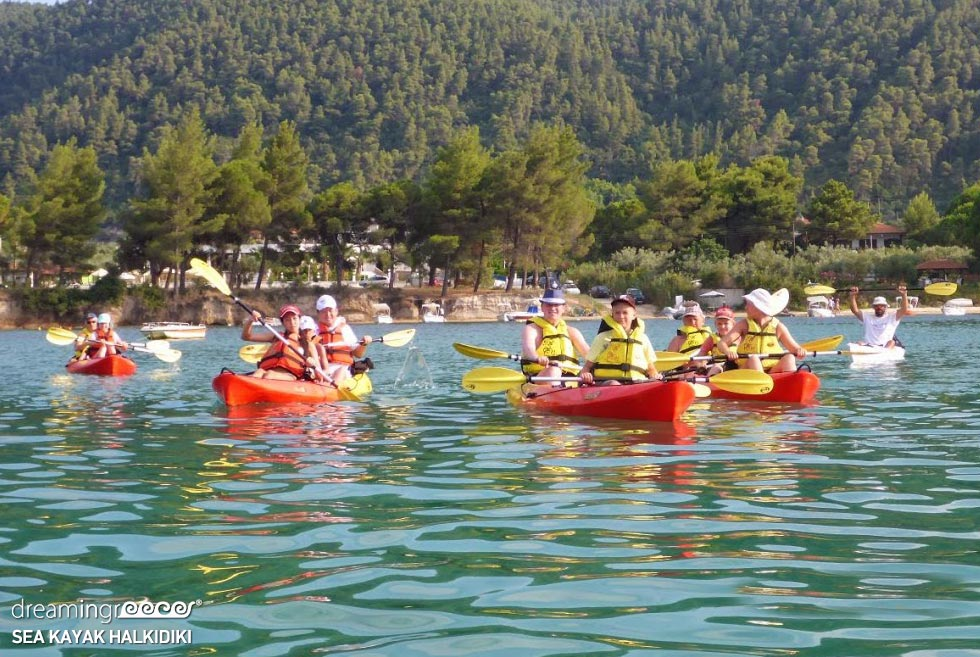Sea Kayaking Halkidiki. Travel Guide of Greece