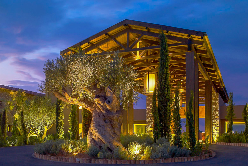 Costa Navarino Golf in Greece. The Dunes Clubhouse. Hotels in Greece.