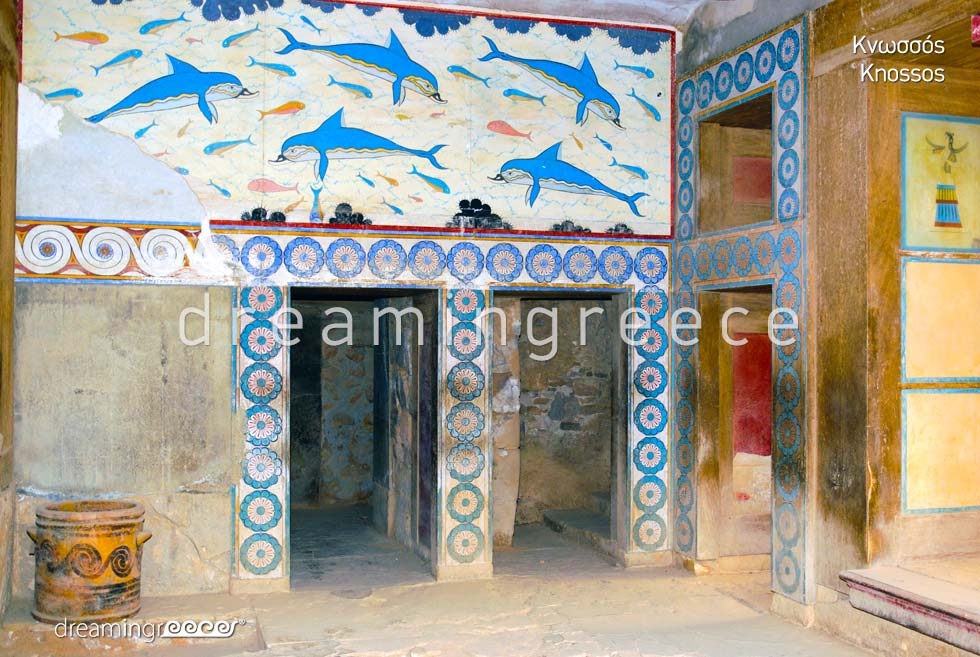 Travel guide of Knossos Heraklion Crete island Greece