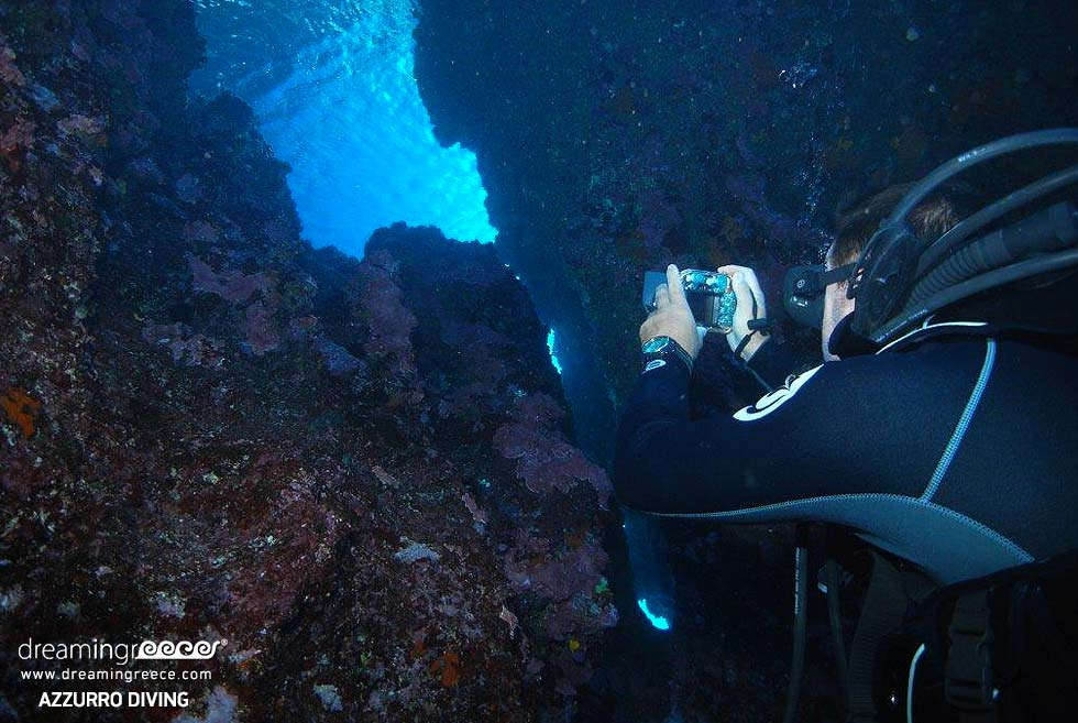 Athens Azzurro Diving School. Travel Guide of Greece.