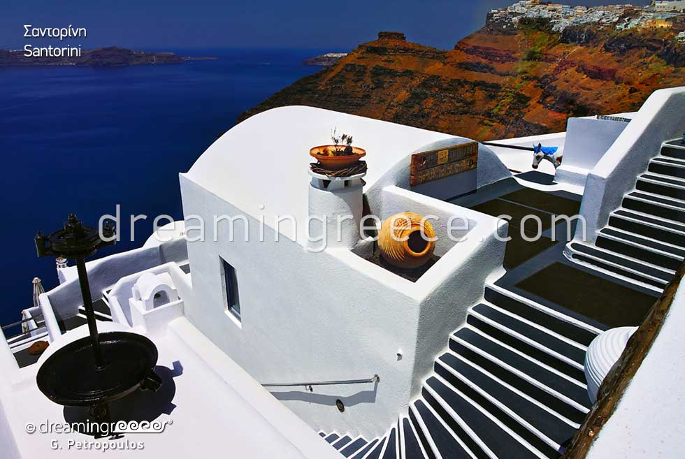 Travel Guide of Santorini island Greece. Greek islands.