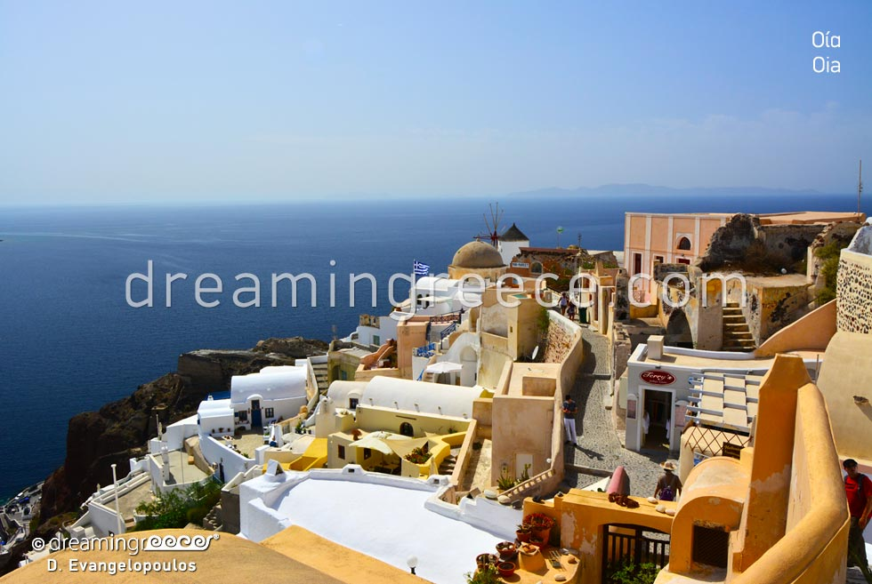 Summer Vacations in Oia Santorini Greece Cyclades